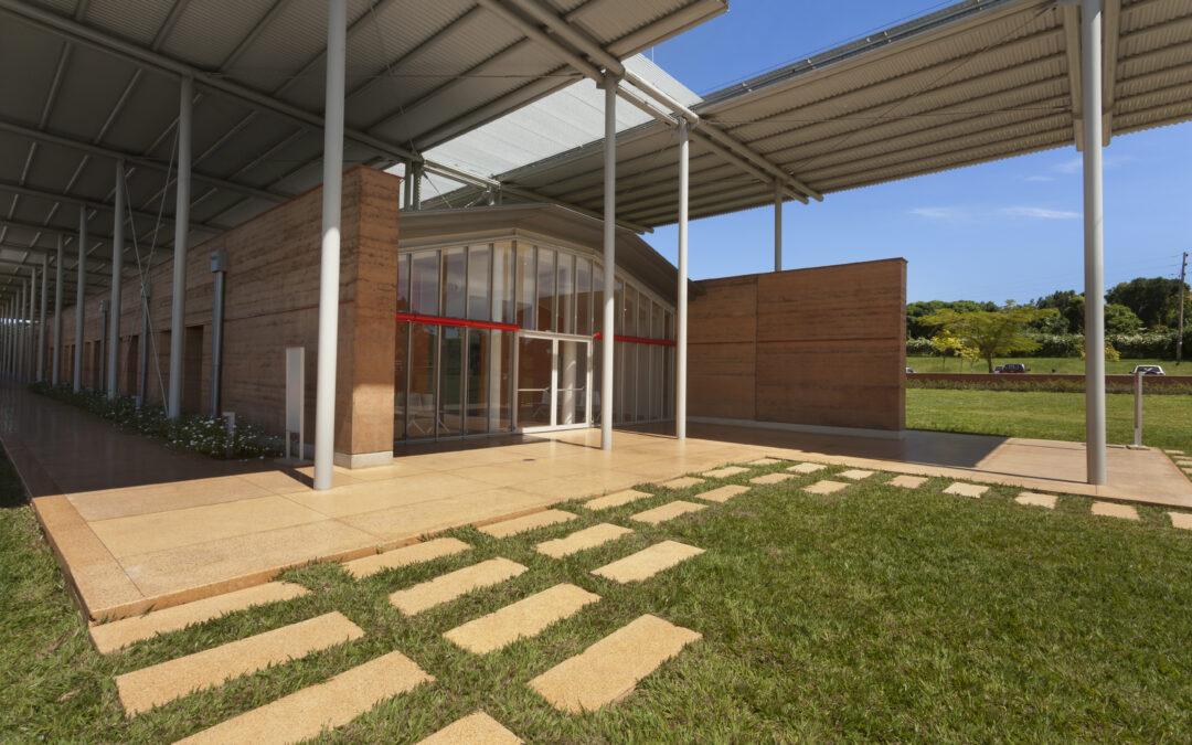 EMERGENCY opens a new pediatric surgery center in Entebbe, Uganda